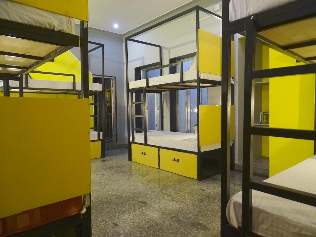 1 Person in 8-Bed Dormitory - Mixed - Bed