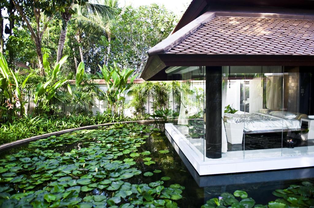 Spa Villa with Private Pool and Unlimited Wellness Activities and Daily Massage - Bed