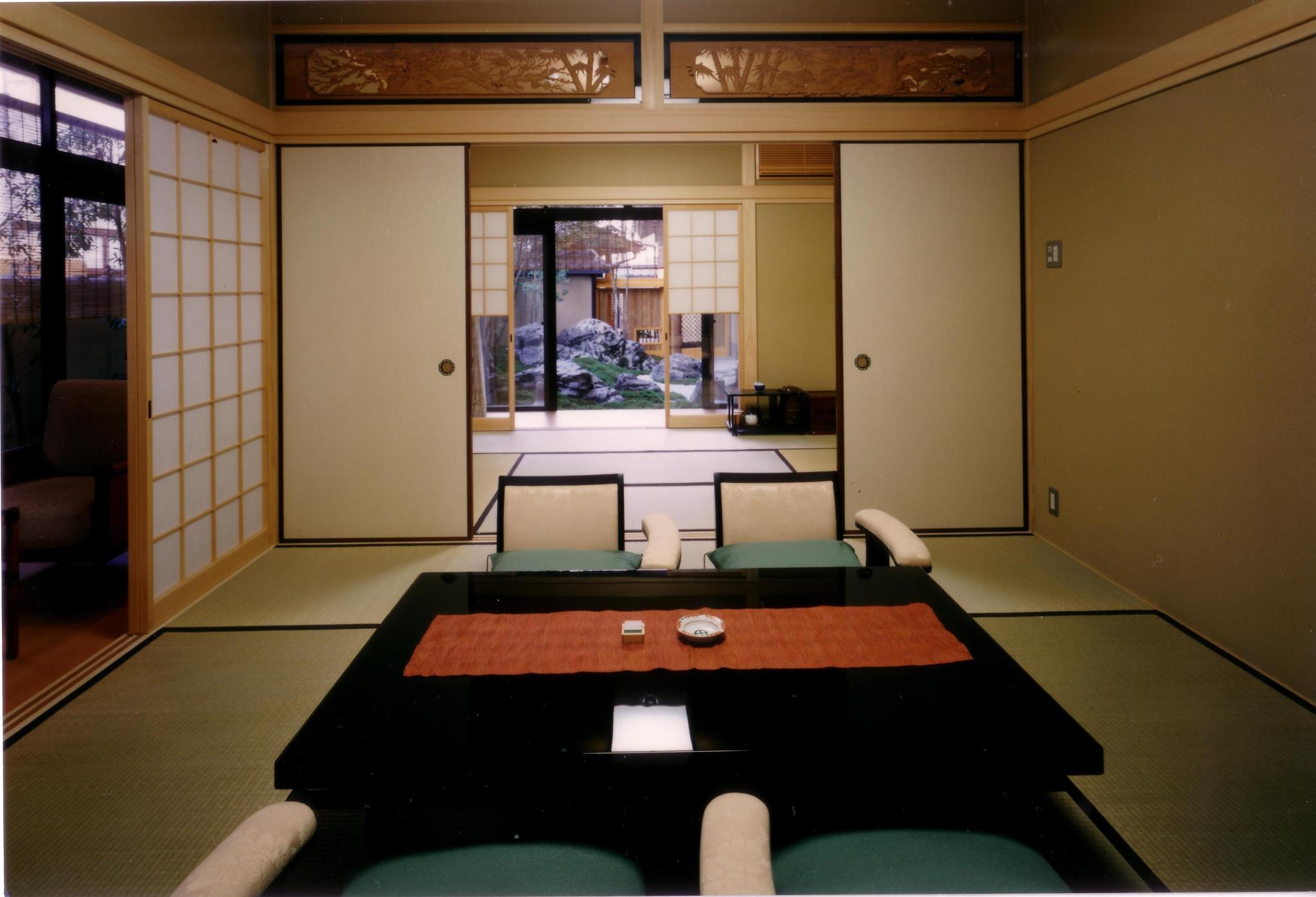 Japanese Family Suite