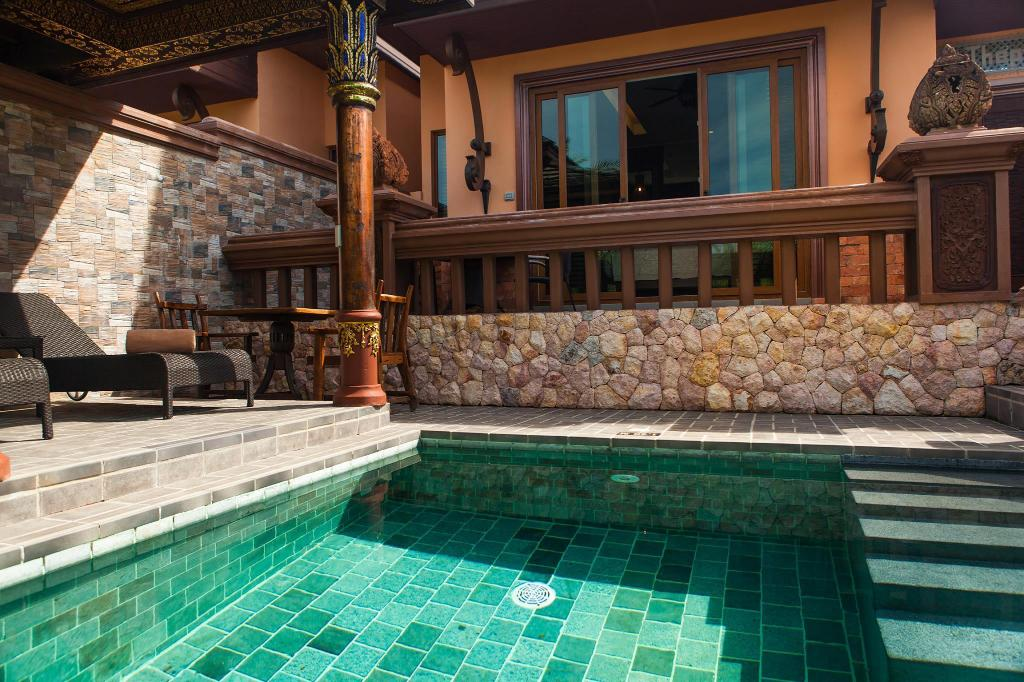 Garden View Pool Villa