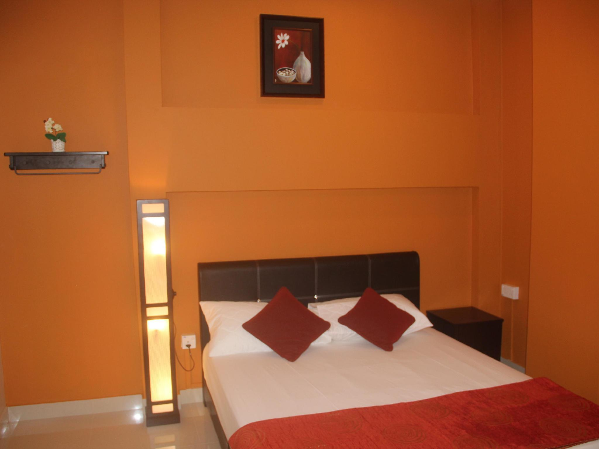 Deluxe Double Room (Queen)