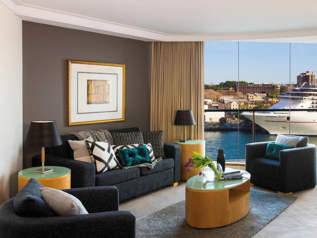Interior view Pullman Quay Grand Sydney Harbour