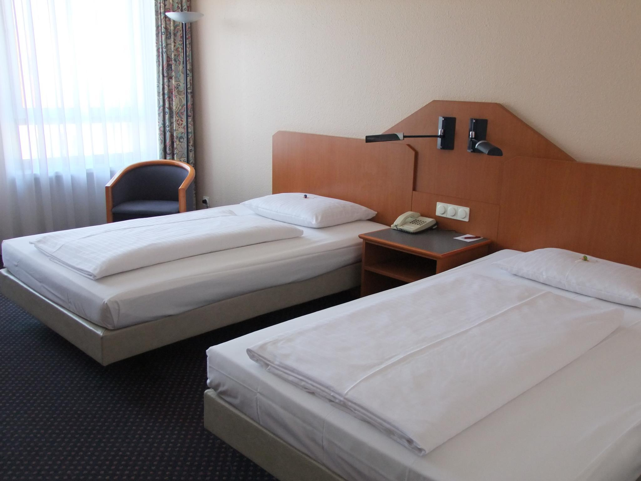 Standard Double Room (2 Adults & 1 Child)