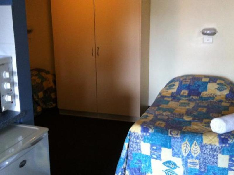 Familiesuite ved bassengkant (Poolside Family Suite)