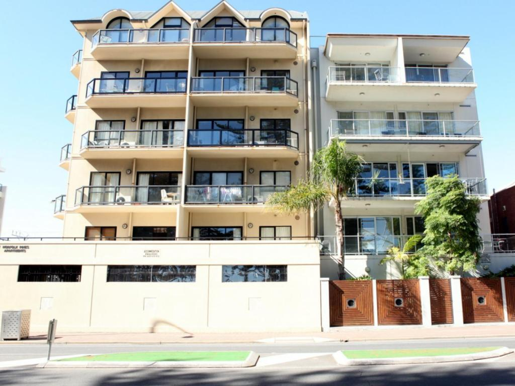 More about Glenelg Beachside Apartments
