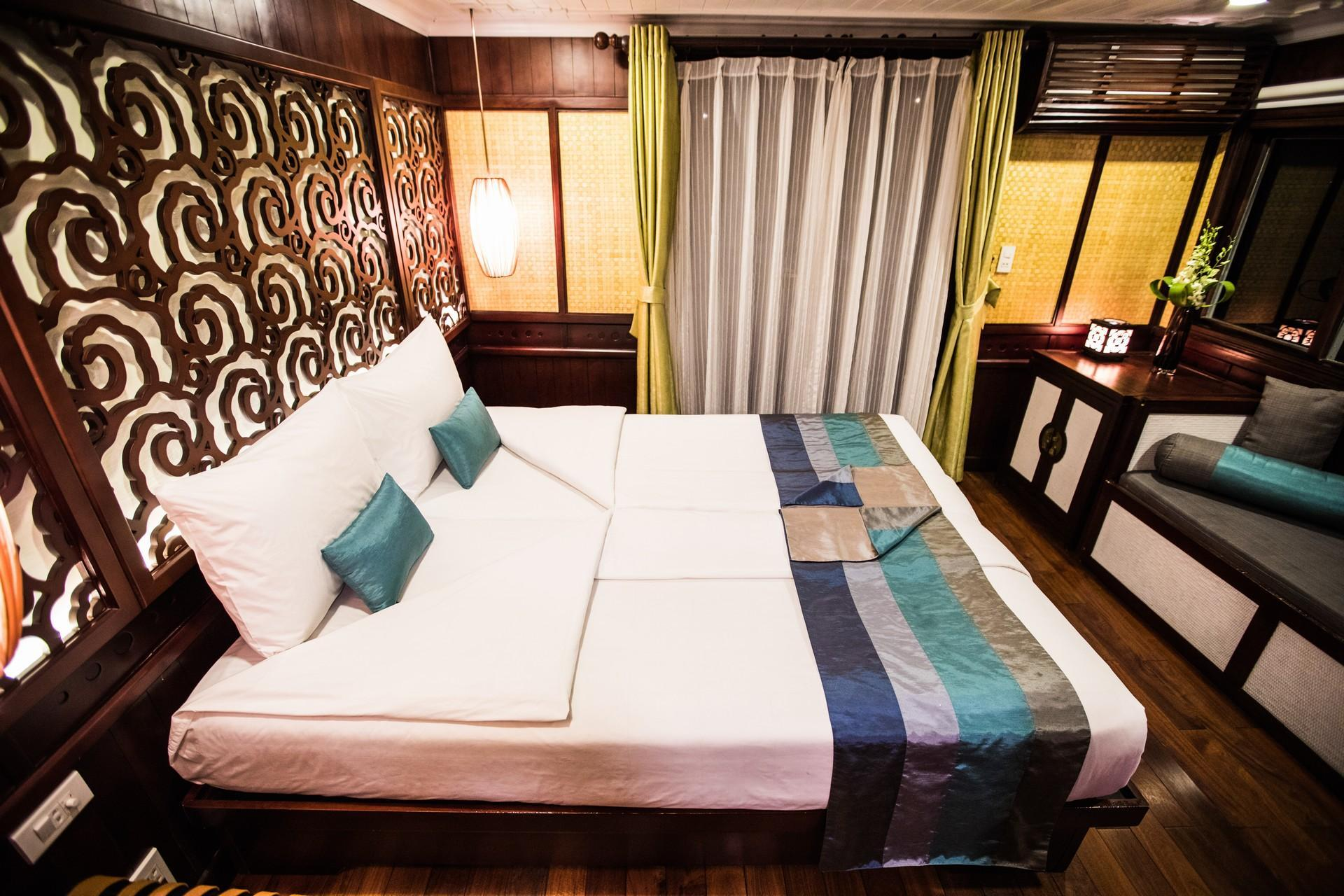 Deluxe Sea View Double or Twin Room - 2 Nights 3 Days