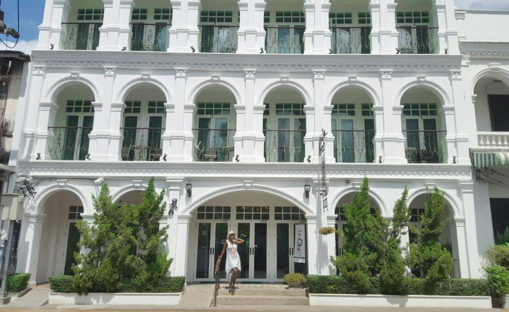 More about Casa Blanca Boutique Hotel Phuket