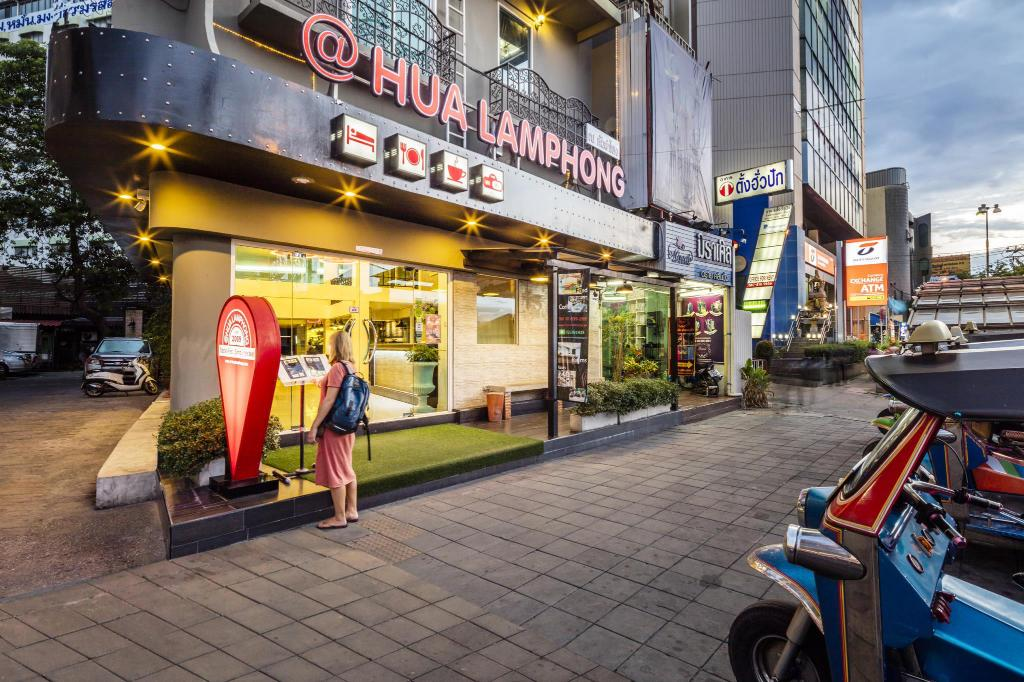 More about @Hua Lamphong Hostel