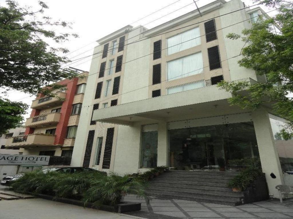 Hotel New Green View Best Price On Sage Hotel In New Delhi And Ncr Reviews