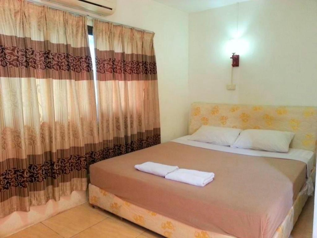 Standard Double Bed Mixok Guesthouse