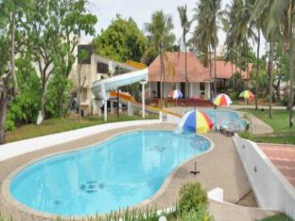 Green meadows resort in chennai room deals photos reviews - Beach resort in chennai with swimming pool ...