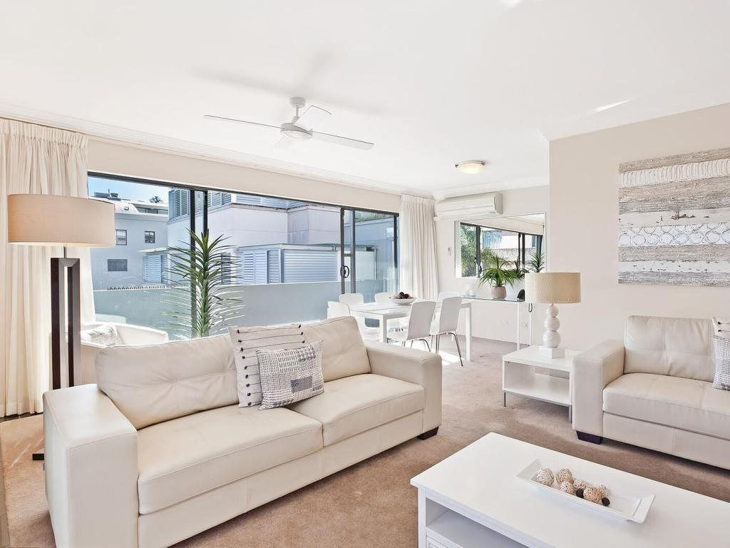 2 Bedroom - Aerial view Manly Surfside Holiday Apartments