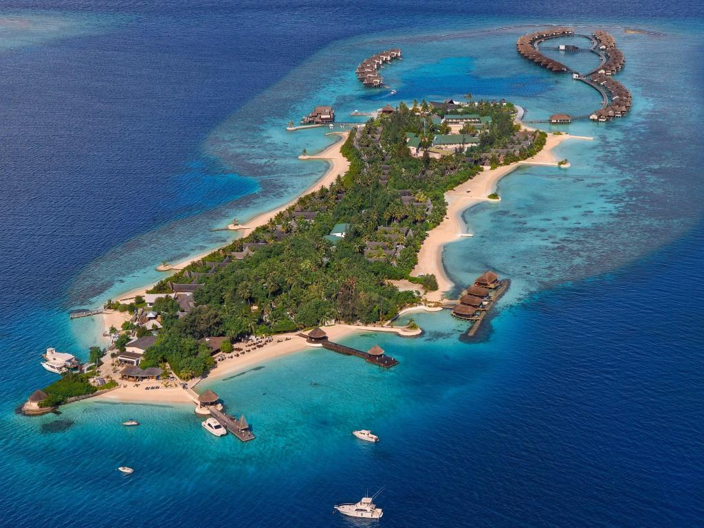 More about Jumeirah Vittaveli