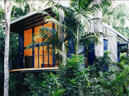 Luxury Tree House with King size bed Pethers Rainforest Retreat