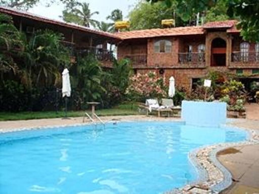 Sea Breeze Candolim Hotel in Goa - Room Deals, Photos
