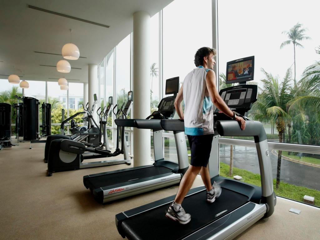 fitness center Grand West Sands Resort & Villas