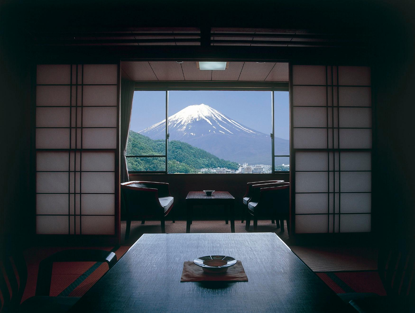 Deluxe Mount Fuji View Japanese Style Room