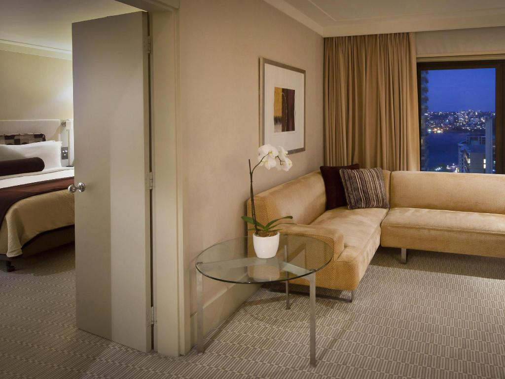 1 King Club Harbour Suite - جناح