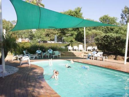 Swimming pool [outdoor] Discovery Parks - Dubbo