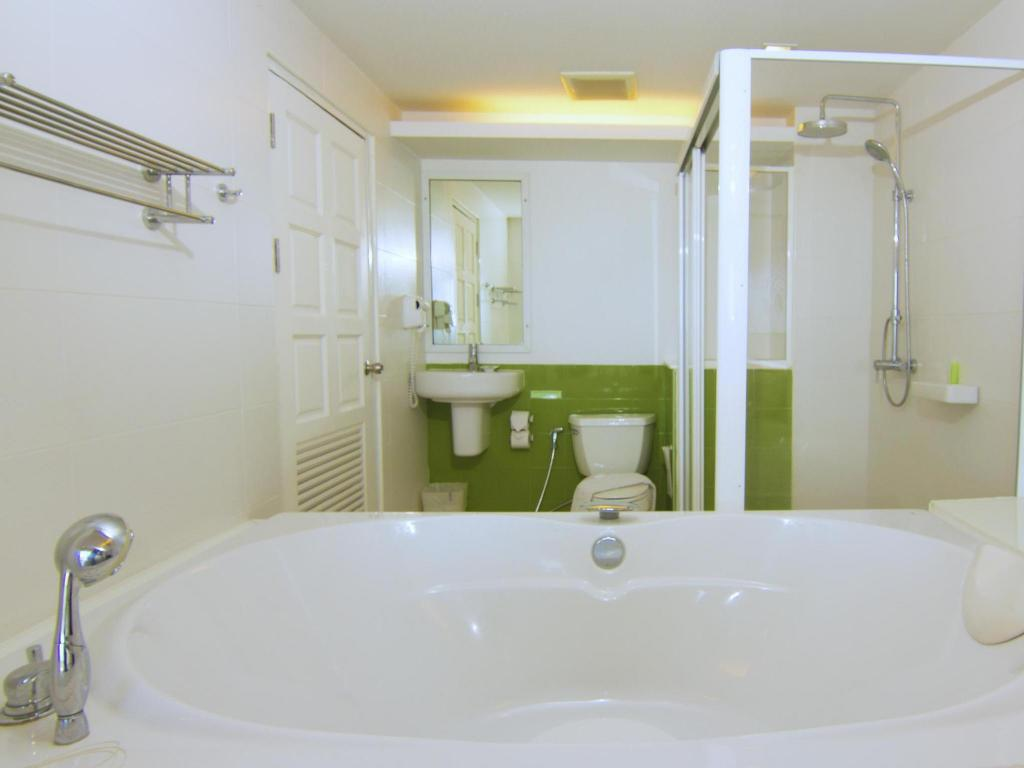 Suite Studio - Bathroom
