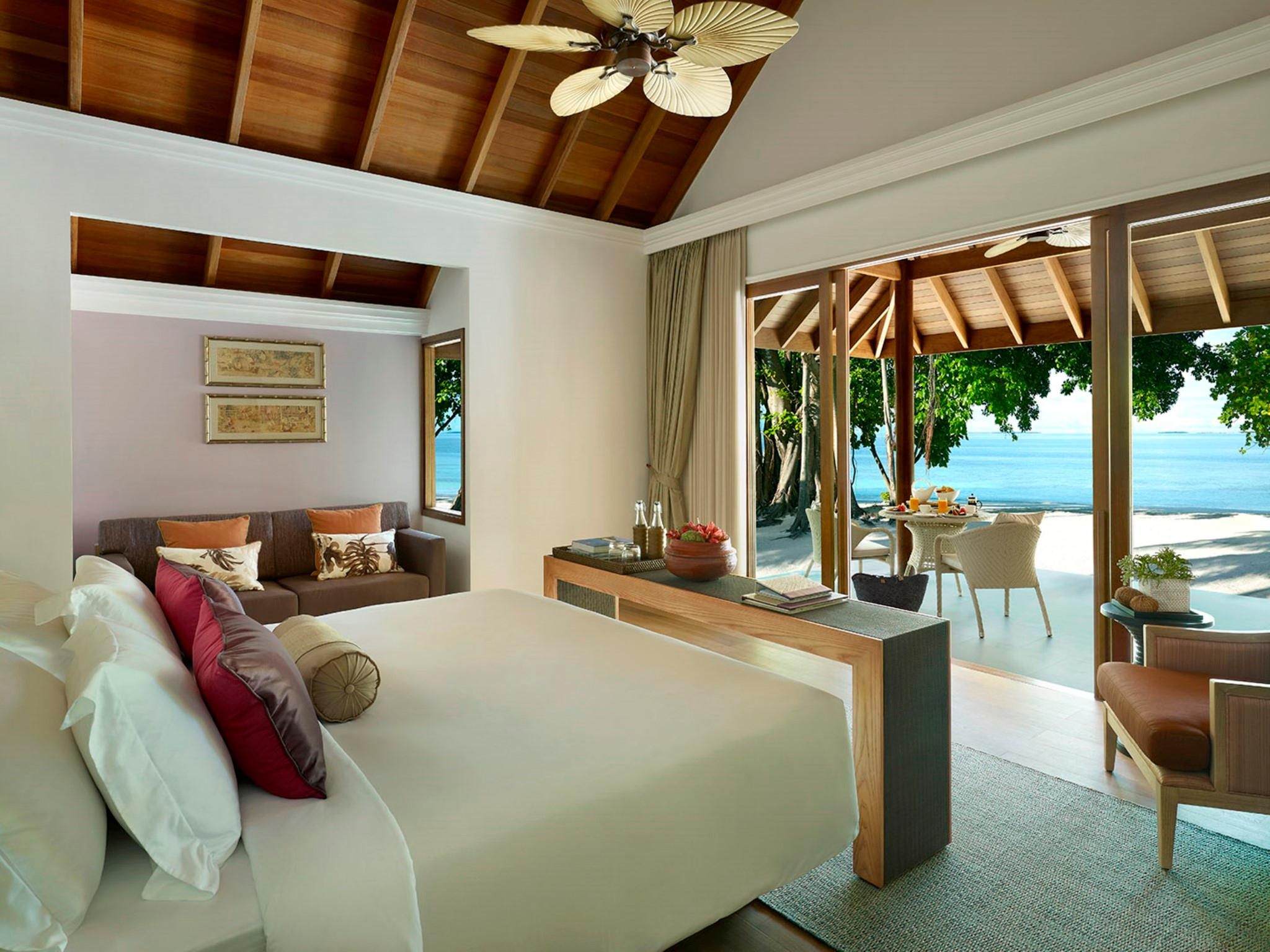 Beach Pool Villa with 2 Twin Beds