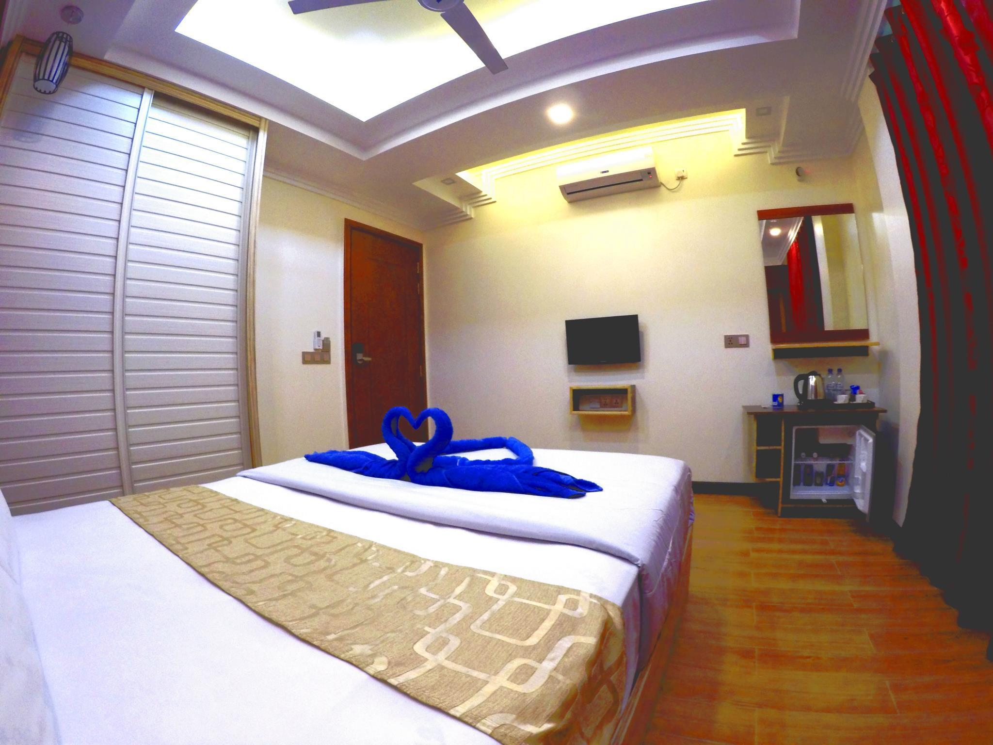 Deluxe Room - Airport Transfers Complimentary