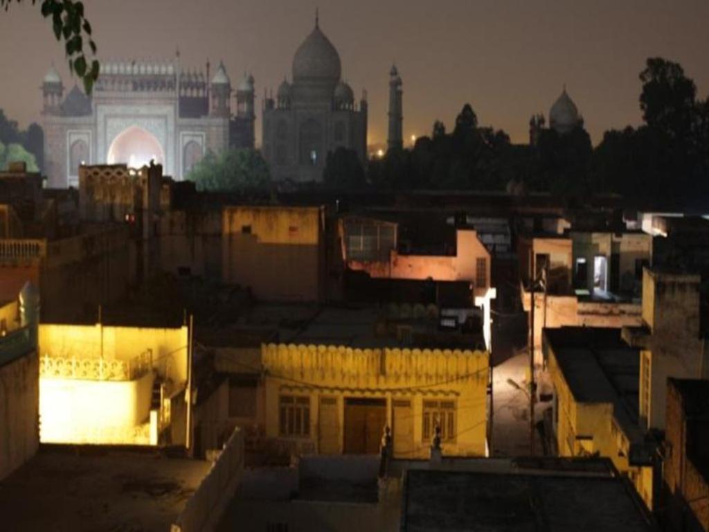 Hotel Rashmi Hotels Near Taj Mahal Agra Best Hotel Rates Near Monuments And
