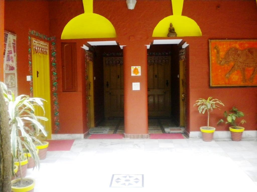 Foyer Ganpati Guest House