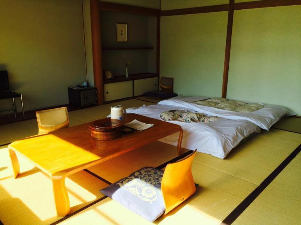 Japanese Style Room without View - 房間格局