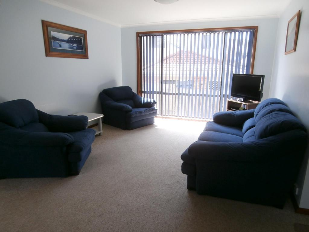 2 Bedroom Apartment Anchorbell Holiday Apartments