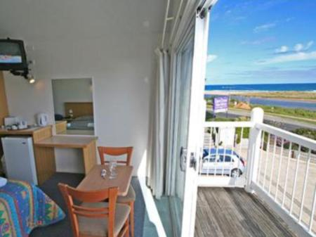 شرفة/ تراس موتيل أية جريت أوشن فيو (A Great Ocean View Motel)