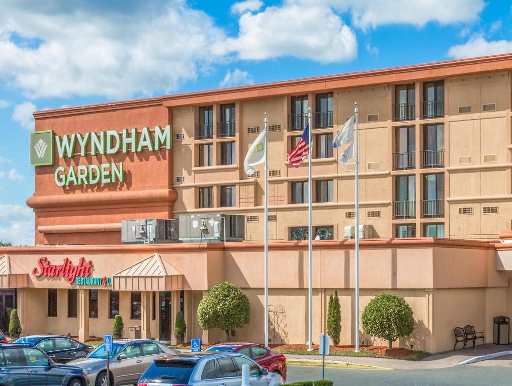 more about wyndham garden hotel newark airport - Wyndham Garden