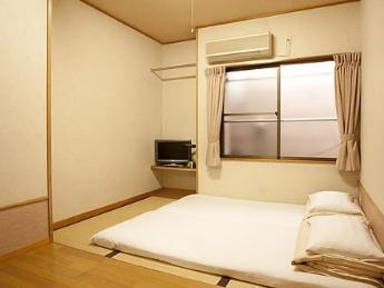 日式客房 - 需共用衛浴 (Japanese Style Room Shared Bathroom)