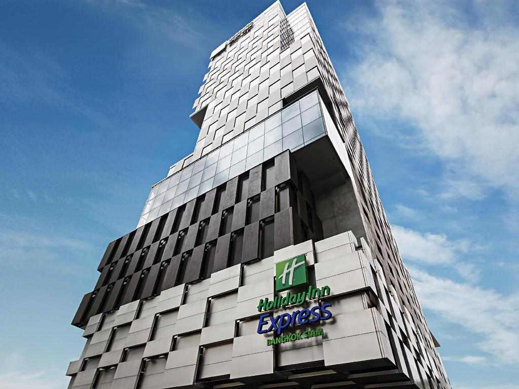 Holiday inn express bangkok siam in thailand room deals for Hotel bangkok