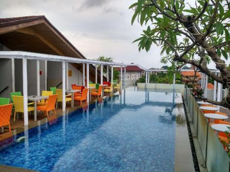 Swimming pool [outdoor] Best Western Kuta Beach