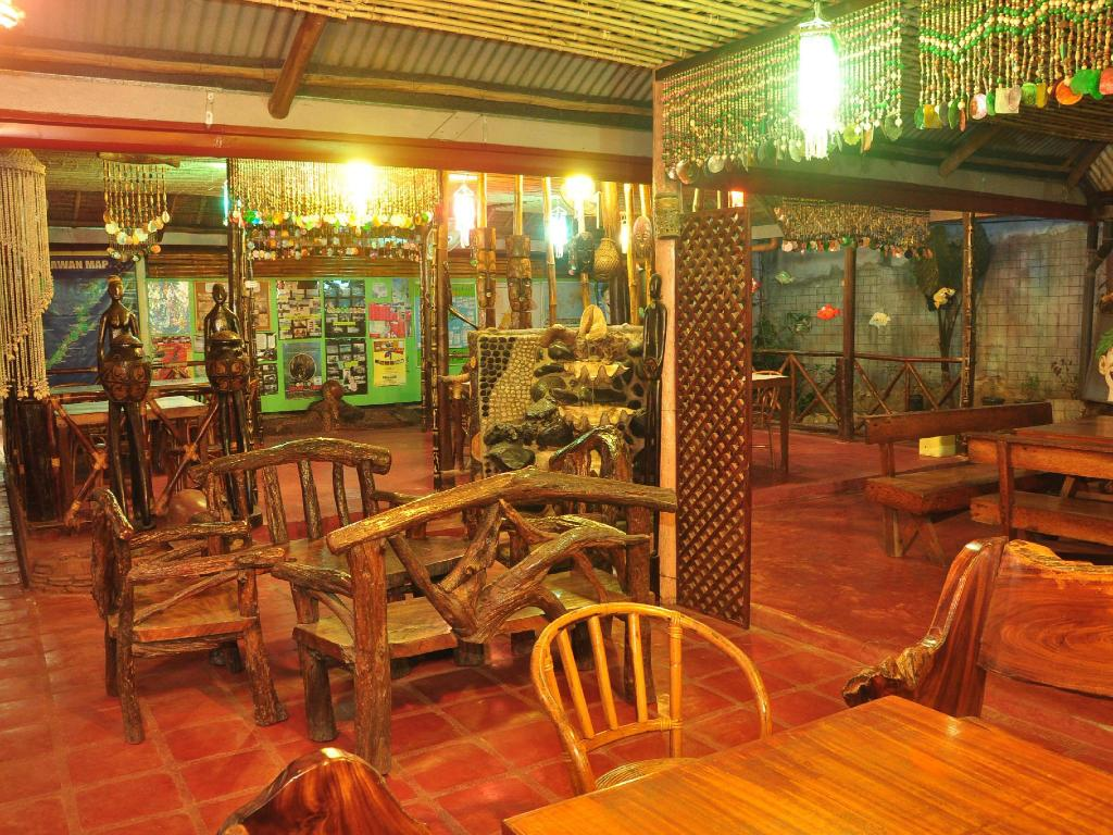 Surrounding environment Lola Itang Pension and Restaurant