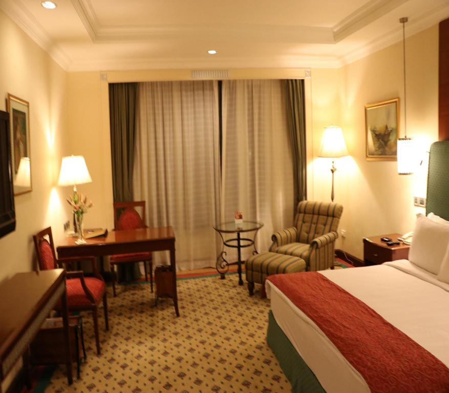 Deluxe Room King Or Twin WelcomHotel Chennai - Member ITC Hotel Group