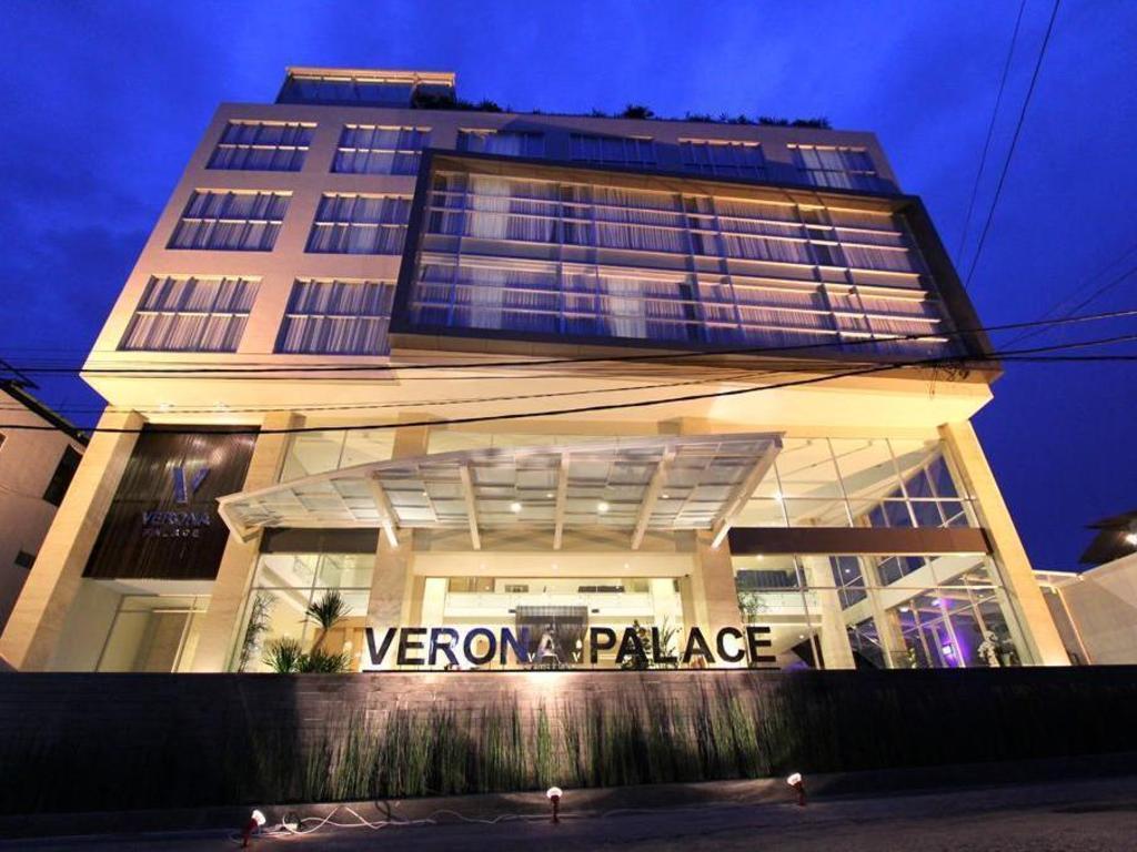 Interior View Verona Palace Hotel