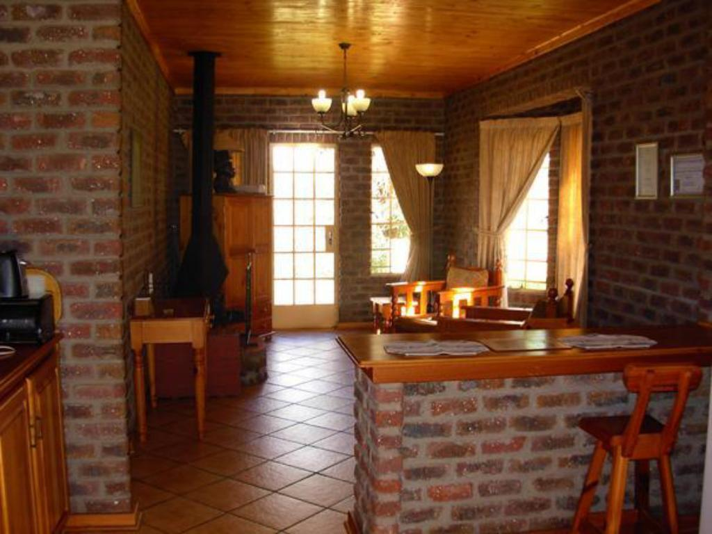 Vista Interior Thaba Tsweni Lodge and Safaris