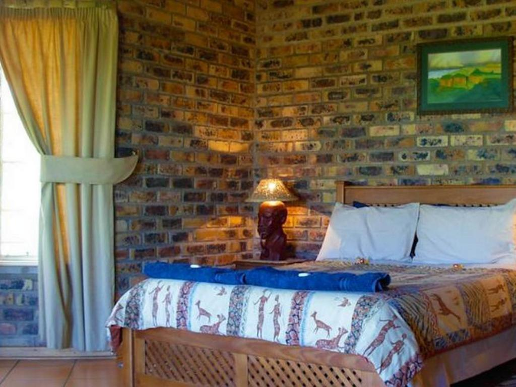 One bedroom Chalet - Cama Thaba Tsweni Lodge and Safaris
