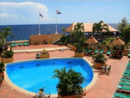 Swimming pool Plaza Curacao Hotel & Casino