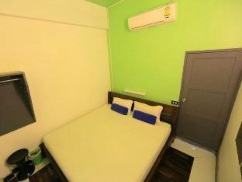 Standard Double Room NEW iHouse Hotel