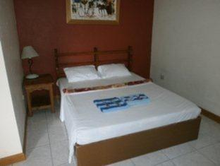 See All 25 Photos Rehm Rooms For Rent