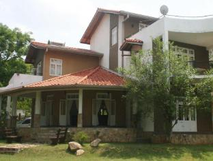 Kivga Holiday Bungalow