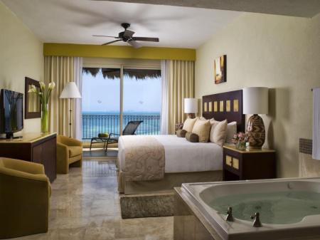 One Bedroom Family Suite Villa Del Palmar Cancun