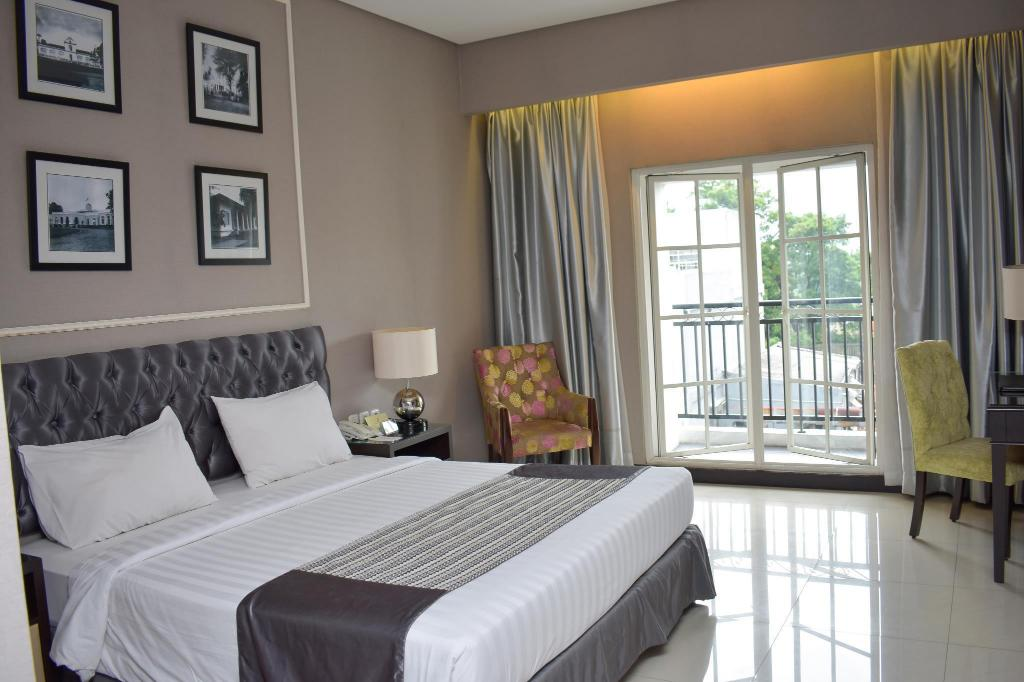 Superior Double The Mirah Bogor Hotel
