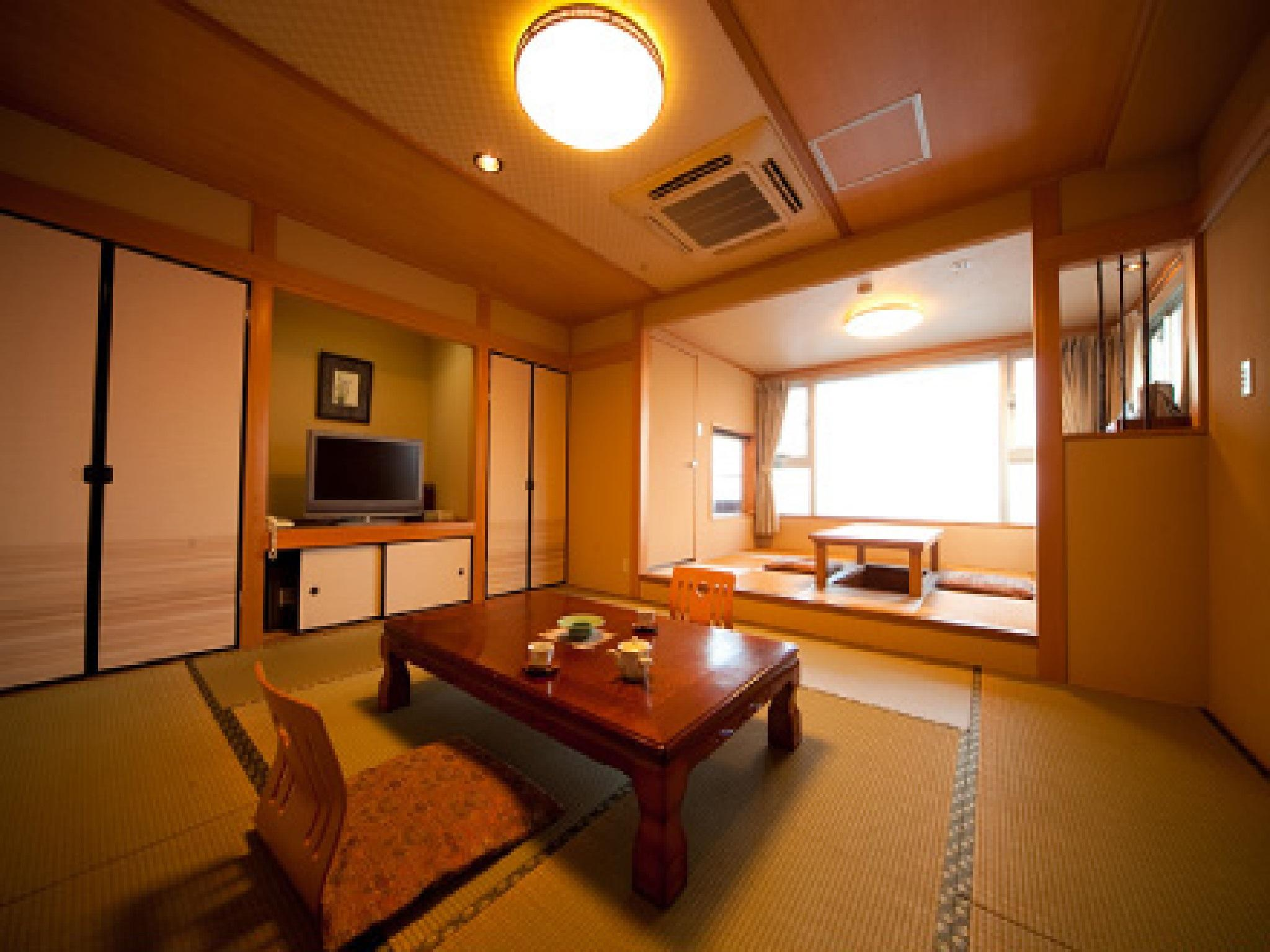 日式客房 - 有陶瓷浴缸/禁菸 (Japanese Style Room with Ceramic Bathtub - Non-Smoking)