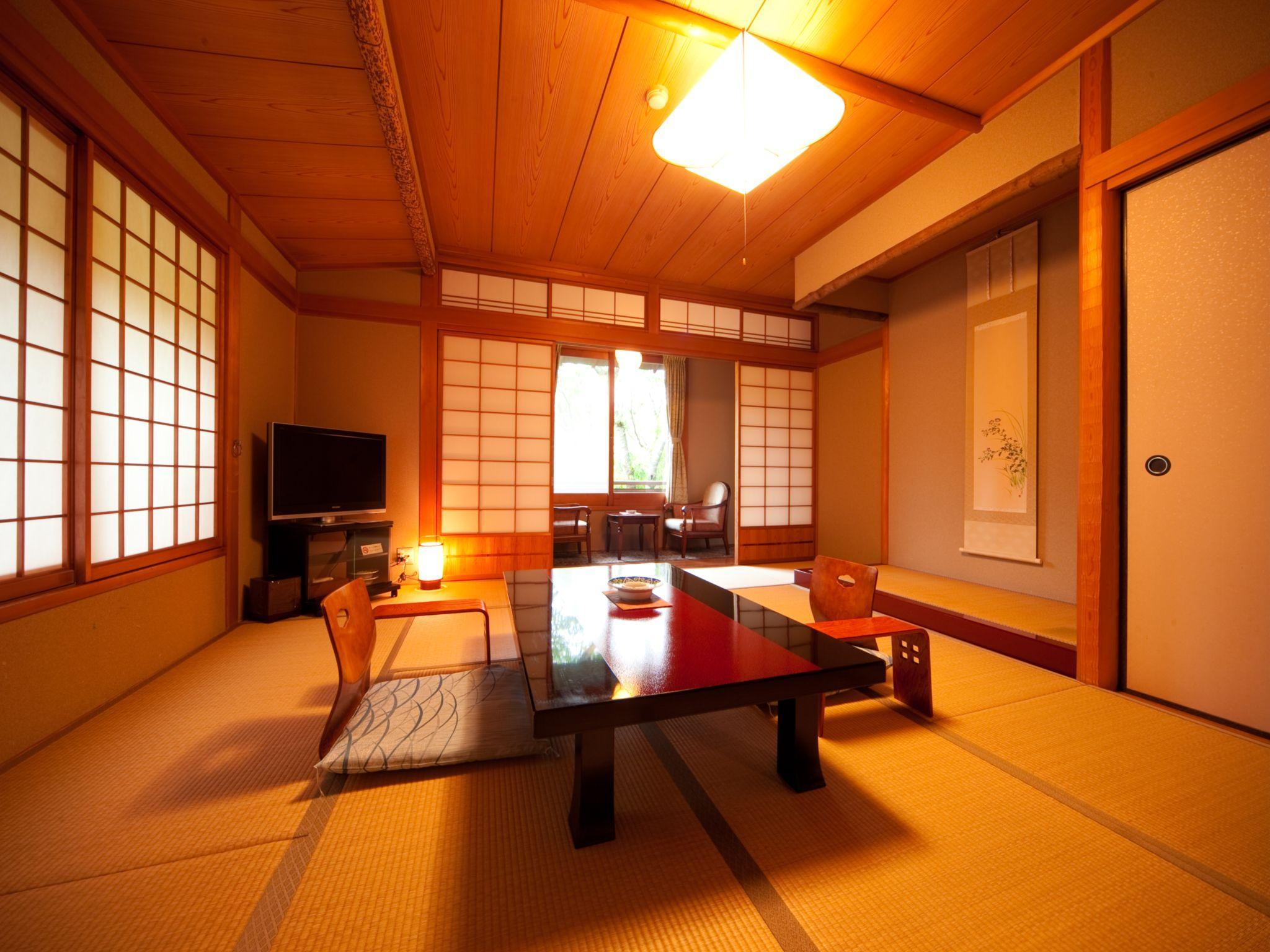 Japanese Style Room with Shabu-shabu Dinner