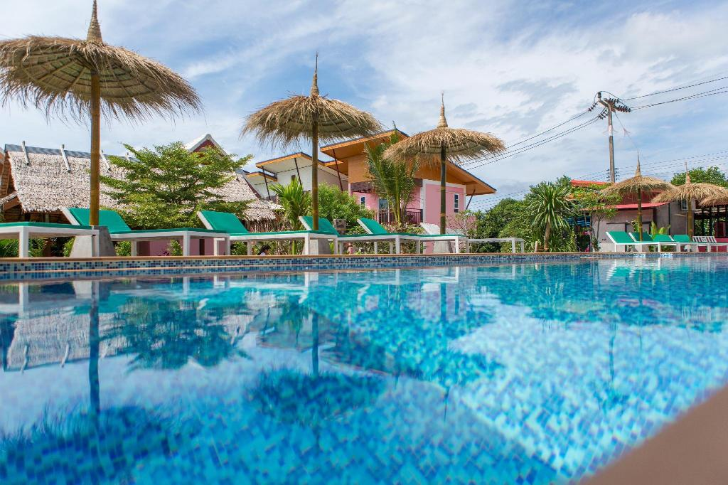 More about Pinky Bungalows Resort