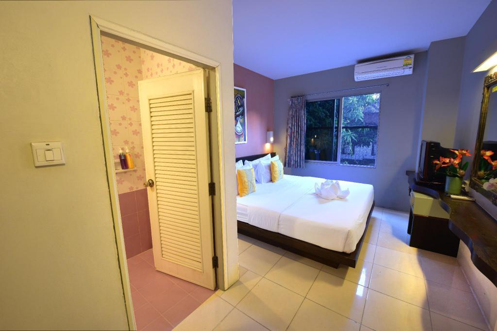 Standard Double Room - Bed Khaosan Holiday Guesthouse